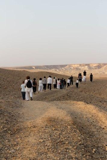 marche-dans-le-desert